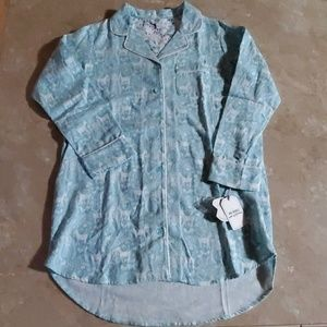 VanWinkle & Co Portuguese Flannel Night Shirt M